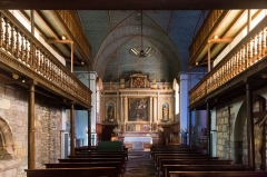Eglise Saint-Pierre -  Two floors of tribunes rely on the walls of the nave of the church..