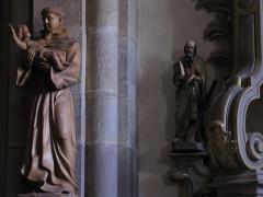 Eglise Saint-Pierre-et-Paul dite Sainte-Richarde -  Alsace, Bas-Rhin, Église Saints-Pierre-et-Paul dite Sainte-Richarde (PA00084587, IA00115010).   Statues de Saint-Antoine et de Saint-André.