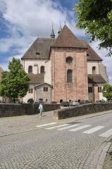 Ancienne résidence abbatiale dite hôpital Stolz-Grimm - Deutsch: Andlau, St.-Pierre-et-St.-Paul-Kirche, Ostseite