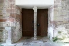Eglise Dompeter - Français:   Alsace, Bas-Rhin, Avolsheim, Molsheim, Église Saint-Pierre dite Dompeter (PA00084594, IA67006175).  Portes d\'entrée principales, vues de l\'intérieur.