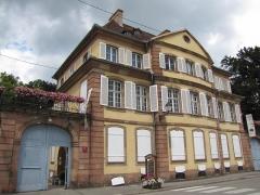 Ancien Hôtel Marco -  Alsace, Bas-Rhin, Barr, Hôtel Folie Marco (XVIIIe), aujourd\'hui musée, 30 rue du Docteur-Sultzer (PA00084599, IA00115077).