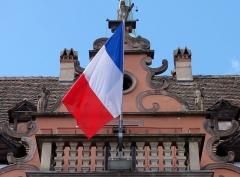 Hôtel de ville -  Alsace, Bas-Rhin, Barr, Hôtel de ville, ancien château dit