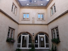Hôpital -  Alsace, Bas-Rhin, Benfeld, Hôpital (XVIIe-XVIIIe), rue de l'Hôpital (PA00084604, IA00023506).