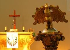 Eglise protestante -  Alsace, Bas-Rhin, Église protestante de Notre Seigneur Jésus-Christ de Bischheim (PA00084621).  Autel et lutrin baroques (1792).
