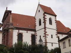 Eglise protestante -  Alsace, Bas-Rhin, Église protestante de Notre Seigneur Jésus-Christ de Bischheim (PA00084621).  Toit du clocher en bâtière.