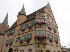 Hôtel de ville -  Alsace, Bas-Rhin, Boersch, Hôtel de Ville (XVIe-XVIIe), 1 place de l'Hôtel de Ville (PA00084631, IA00075463).