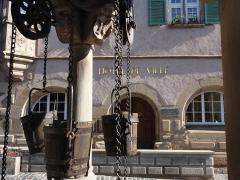 Puits à six seaux -  Alsace, Bas-Rhin, Boersch, Puits aux six seaux (1617): (PA00084634, IM67001437).