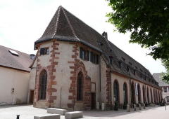Ancienne chapelle castrale Saint-Georges et halle aux blés - Français:   Alsace, Bas-Rhin, Bouxwiller, Ancienne chapelle castrale Saint-Georges et halle aux blés, 3 place du Château (PA00084643, IA67009579).