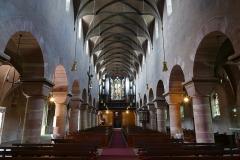 Eglise Saint-Georges - Alsace, Bas-Rhin, Église Saint-Georges de Haguenau (PA00084724, IA00061901). Vue intérieure de la nef vers la tribune d'orgue.