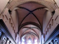 Eglise Saint-Nicolas - Alsace, Bas-Rhin, Église Saint-Nicolas de Haguenau, (Ancienne église du Couvent des Prémontrés) (PA00084725, IA00061903). Voûtes gothiques du chœur.