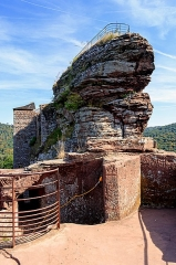 Ruines du château de Fleckenstein - English: View from the