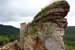 Ruines du château de Fleckenstein - Deutsch: Burg Fleckenstein in Lembach im Unterelsass (Frankreich)