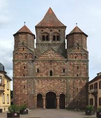 Ancienne abbaye bénédictine - Deutsch: Abteikirche in Marmoutier (Elsass), Ansicht von NW