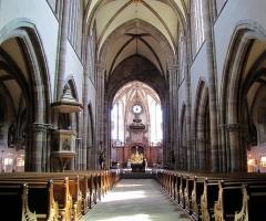 Ancienne abbaye bénédictine - Français:   Alsace, Bas-Rhin, Abbatiale Saint-Étienne de Marmoutier (PA00084783, IA67007715). Vue intérieure de la nef vers le chœur.