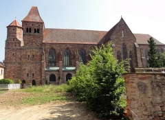 Ancienne abbaye bénédictine - Français:   Alsace, Bas-Rhin, Abbatiale Saint-Étienne de Marmoutier (PA00084783, IA67007715). Façade sud.