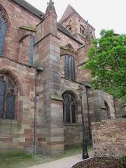 Ancienne abbaye bénédictine - Français:   Alsace, Bas-Rhin, Abbatiale Saint-Étienne de Marmoutier (PA00084783, IA67007715). Contrefort de la façade nord.