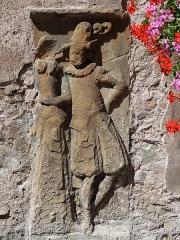 Maison - Français:   Alsace, Bas-Rhin, Molsheim, Maison de chanoine (1628), 16-18 rue Jenner (PA00084801, IA67006133).  Relief \