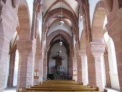 Eglise Saint-Adelphe -  Alsace, Bas-Rhin, Neuwiller-lès-Saverne, Église protestante Saint-Adelphe (PA00084821, IA67009915): Vue intérieure de la nef vers le chœur.