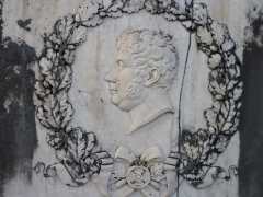 Monument du général Clarke - Français:   Portrait sur le Monument funéraire de Henri Jacques Guillaume Clarke à Neuwiller-lès-Saverne