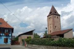 Le Glockenturm et les deux tours de défense est et ouest -  Donjon de Niedernai