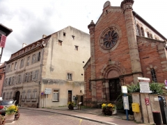 Ancienne synagogue - This building is indexed in the Base Mérimée, a database of architectural heritage maintained by the French Ministry of Culture,under the reference IA00023949 .
