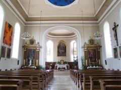 Eglise catholique Saint-Maurice -  Alsace, Bas-Rhin, Orschwiller, Église Saint-Maurice (PA00084876, IA00124520): Vue intérieure de la nef vers le chœur.