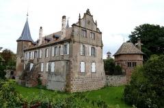 Château -  Alsace, Bas-Rhin, Osthoffen, Château (XVIe-XIXe) (PA00084877, IA67005654): façade Renaissance, contreforts.