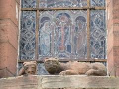 Ancienne église abbatiale -  Alsace, Bas-Rhin, Saint-Jean-Saverne, Église abbatiale Saint-Jean-Baptiste (PA00084921, IA00055618): Relief roman du chevet