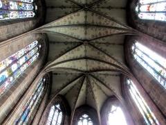Eglise paroissiale Notre-Dame-de-la-Nativité -  Alsace, Bas-Rhin, Saverne, Église Notre-Dame-de-la-Nativité (PA00084954, IA00055464): Voûtes gothiques du chœur.