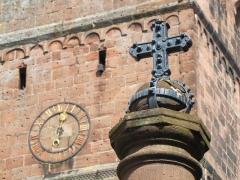 Eglise paroissiale Notre-Dame-de-la-Nativité -  Alsace, Bas-Rhin, Saverne, Église Notre-Dame-de-la-Nativité (PA00084954, IA00055464).