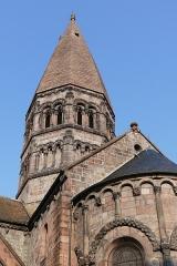 Eglise Sainte-Foy -  Alsace, Bas-Rhin, Sélestat, Église Sainte-Foy (PA00084981, IA00124586): Vue sur la tour de croisée.