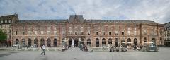 Bâtiment de l'Aubette - Español: El edificio del Aubette en la Plaza Kleber de Estrasburgo