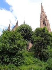 Eglise réformée Saint-Paul - Église Saint-Paul lors de la balade en canoë à Strasbourg (Bas-Rhin, France).