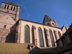 Eglise Saint-Thomas - Alsace, Bas-Rhin, Église protestante Saint-Thomas de Strasbourg, 4 rue Martin-Luther  (PA00085032). Extérieur d'une église-halle (Hallenkirche)