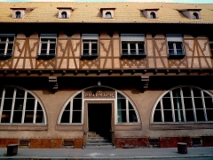 Ancien Hôpital Civil, actuellement Hôpital Universitaire de Strasbourg - English: Old pharmacy (1537) inside Strasbourg hospital