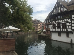 Immeuble -  Immeuble au 1 quai des Moulins à Strasbourg