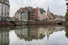Maison - Español: Conjunto de edificios históricos del Quai Saint-Nicolas. Estrasburgo.