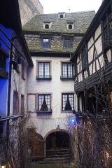 Musée alsacien - English: Musee Alsacien in Strasbourg, France. Mid-December.