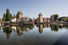 Ponts couverts - English: Ponts Couverts from Place Hans-Jean-Arp. Strasbourg