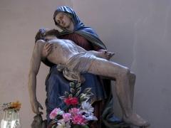 Eglise catholique Saint-Michel -  Alsace, Bas-Rhin, Weyersheim, Église Saint-Michel (PA00085235, IA00119652): Vierge de Pitié (XIXe).
