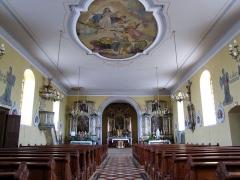 Eglise -  Alsace, Bas-Rhin, Willgottheim, Église Saint-Maurice (PA00085236, IA67001050): Vue intérieure de la nef vers le chœur et les autels .