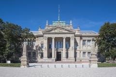 Palais de Justice - English: Palais de Justice de Strasbourg front view
