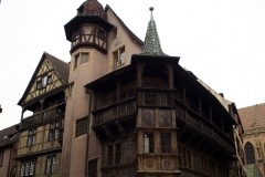 Maison Pfister - This building is indexed in the Base Mérimée, a database of architectural heritage maintained by the French Ministry of Culture,under the reference PA00085378 .