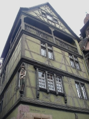 Maison - Français:   Maison zum Kragen au 9 rue des Marchands à Colmar (Haut-Rhin, France).