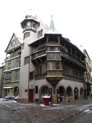 Maison - Français:   Maison Pfister et maison zum Kragen à Colmar (Haut-Rhin, France).