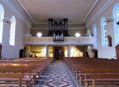 Eglise catholique Saints-Pierre-et-Paul - Français:   Alsace, Haut-Rhin, Église Saints-Pierre-et-Paul (XIIIe-XIXe) d\'Eguisheim (PA00085415,  IA68000505): Vue intérieure de la nef vers la tribune d\'orgue.