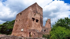 Ruines des châteaux de Weckmund et de Wahlenbourg - Français:   Le Château de Wahlenbourg