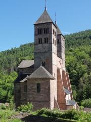 Ancienne abbaye - Alsace, Haut-Rhin, Église abbatiale Saint-Léger (XIIe) de Murbach (PA00085554, IA00054802, IA00054801): Chevet et transept, Nef détruite au XVIIIe.