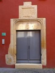 Maison - Français:   Alsace, Haut-Rhin, Rouffach, Maison (XVIe), ancien siège de corporation \