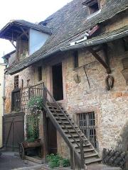 Ancien grenier médiéval - Français:   Grenier à grains médiéval aux 12, 14 et 16 rue des Marchands à Colmar (Haut-Rhin, France).